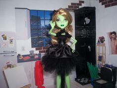 Monster High Pattern & Skirt Tutorial