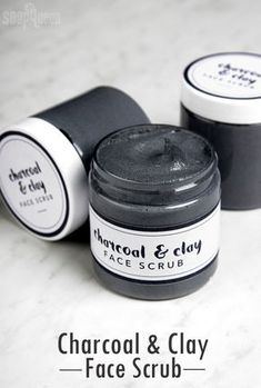 Cleansing Charcoal Facial Scrub DIY - Soap Queen - - Cleansing Charcoal Facial Scrub DIY – Soap Queen DIY Bath and Body Recipes for Beauty & Skin Care Cleansing Charcoal Facial Scrub DIY Diy Peeling, Beauty Hacks For Teens, Clay Faces, Diy Scrub, Diy Face Scrub, Facial Scrubs, Body Scrubs, Facial Diy, Facial Masks