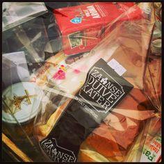 Zaanse #duivekater, #mosterd en #chocolade in het #streekproducten pakket voor de winnaar van #Stampions aan de Zaan #SADZ15