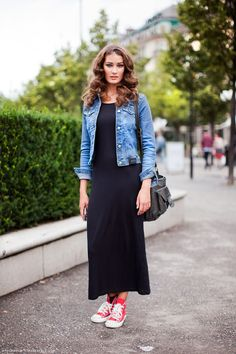 Navy maxi onepiece, blue jean jacket, and red sneakers