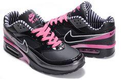 best sneakers 0d6b4 682c9 Nike Air Max Classic BW s