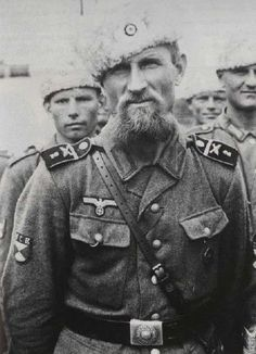 Gente della Guerra Ukrainian and Belarussian Waffen SS and Wehrmacht Volunteers Military Photos, Military History, Germany Ww2, German Uniforms, Ww2 Photos, Red Army, German Army, Interesting History, World History