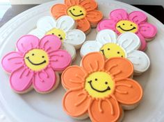 Murakami Inspired Smiley Face Flower Decorated Cookies by peapodscookies
