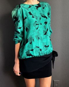 b4b6281aff36e7 Vintage 70's romantic emerald blouse with plant pattern, emerald blouse  with black ribbon on the top, Taurus II silk blouse, silk, XS, S