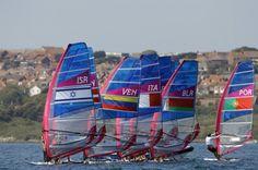 La selección venezolana de velerismo, modalidad R:SX, participa en el Campeonato Mundial de Vela 2015 que se celebra en la ciudad de Al Mussanah, en Omán,