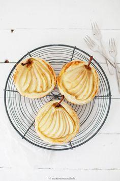 vanilla pear tartlets with marzipan