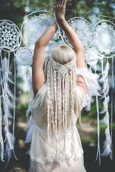 Bohemian Bride, Bohemian Wedding Dresses, Boho Wedding, Veil Diy, Diy Wedding Veil, Macrame Headband, Boho Stil, Macrame Design, Macrame Patterns