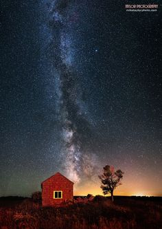 Red House by Mike Taylor on 500px Late summer Milky Way, Maine