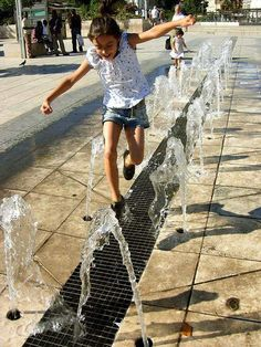 Frode Svane was kind enough to send this wonderfully provocative image of children playing in water. Great design and the kids apparently enjoy playing with it! Water Playground, Outdoor Playground, Urban Landscape, Landscape Design, Garden Design, Garden Fountains, Outdoor Fountains, Garden Ponds, Koi Ponds
