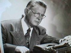 Erle Stanley Gardner (1889-1970) creator of Perry Mason, Paul Drake, Della Street, Donald Lam and Bertha Cool (among others).