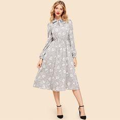 #bohemiandresses #boholook #bohostyle #bohogirl #bohodresses #bohofasion #summerfashion #ootd #ootdfashion #bohovibes Side Slit Maxi Dress, Maxi Dress With Sleeves, Tie Dress, Boho Dress, Vestido Maxi Floral, Moda Boho, Bohemian Mode, Boho Outfits, Elegant Dresses