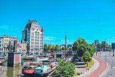I spy with my little eye something... green? #greenwater . . . . . #wittehuis #boats #sky #rotterdam #loverotterdam #rotterdam_holland #visitrotterdam #Rottergram #ROTTURBAN #rotterdamdaily #rotterdamshots #rotterdam_gallery #gespotin010 #rotterdamhotspots #stadrotterdam #inrotterdam #igersrotterdam #htsptrotterdam #instanetherlands #wonderful_holland #bestofnetherlands #visit_holland #dutch_connextion #rotterday  #architecture #architecturelovers #streetphotography #photooftheday…