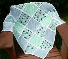 Easy to crochet but pretty baby blanket in mint and light blue.