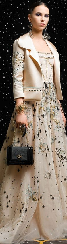 Georges Hobeika Herbst/Winter - Pret-a-porter Haute Couture Style, Couture Mode, Couture Fashion, Runway Fashion, Passion For Fashion, Love Fashion, High Fashion, Fashion Design, Punk Fashion
