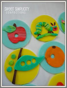 Fondant hungry caterpillar