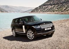2014_RANGE_ROVER_front_view