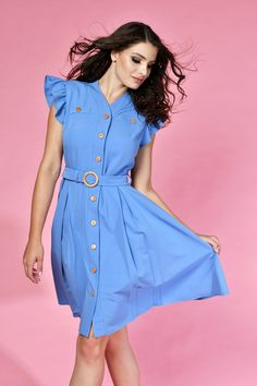 Blue dress which perfects in the office Zaha Hadid, Timeless Fashion, Summer Vibes, Blue Dresses, Shirt Dress, Womens Fashion, Label, Shirts, Collection