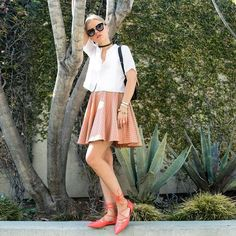 Currently 💋 . . . #ootd #ootn #outfitoftheday #wiw #whatiwore #instastyle #todayimwearing #fashion #style #styleiswhat #streetstyle #justaddsole #shoeoftheday #theeverygirl #everydaymadewell #fashioninsta #fashiondaily #fashionaddict #thatsdarling #darlingmovement #pursuepretty #petitejoys #flashesofdelight #thehappynow #nothingisordinary #livethelittlethings #livecolorfully #модно #мода