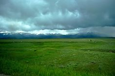 This is where I wanna be!! Montana...Would love to see this out my windows everyday with some cows grazin out there!!