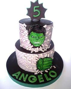 Hulk cake by mariana frascella