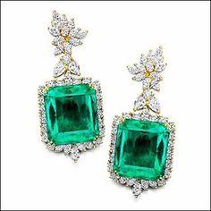 House of Rose. #emerald #diamond#earrings…