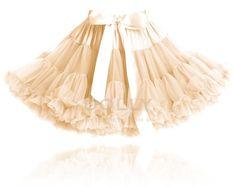 Družičky v Petti sukních, co se k nim hodí? Girls Tulle Skirt, Ballet Bag, Cheap Toms Shoes, Baby Tutu, Chiffon Skirt, Satin Bows, Kids Fashion, Fashion Outfits, To My Daughter