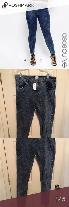 "ASOS Curve Ridley Skinny Jean Acid Wash 18 LONG ASOS Curve Acid wash high waist skinny jeans, US size 18L. Inseam is about 33"", waist about 18"".   98% cotton, 2% elastane. Tried on a few times, still has tag. Reasonable offers welcome. Please use offer option. ASOS Curve Jeans Skinny"