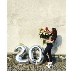 ideas birthday photoshoot with friends - Birthday Cake Fruit Ideen Cute Birthday Pictures, Birthday Ideas For Her, Birthday Goals, Happy Birthday Girls, Birthday Numbers, 20th Birthday, Mom Birthday Gift, Birthday Crafts, Birthday Wishlist