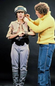 Carrie Fisher in make-up/costume behind the scenes on #StarWars Episode VI - Return of the Jedi (1983).