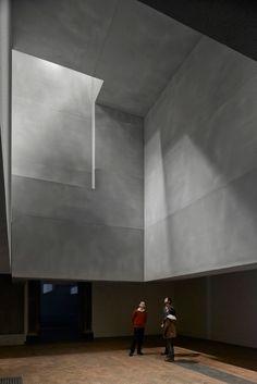 En busca de la arquitectura para los cinco sentidos. Una arquitectura que excite los cinco sentidos literalmente y a la vez engrandezca la imaginación.