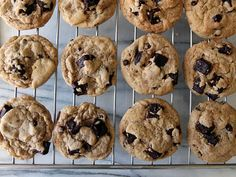 These Chocolate Chip Walnut Cookies are loaded with chocolate and walnuts. I'm sharing the EASY tricks making the thickest chocolate chip cookies ever! Chocolate Chip Walnut Cookies, Chocolate Macadamia Nuts, Chocolate Peanut Butter, Cocoa Recipes, Cookie Recipes, Sweet Recipes, Yummy Recipes, Baking Recipes, Deserts