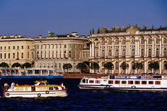 Tour boats on the Neva River outside the Hermitage. #St_Petersburg #Neva_River