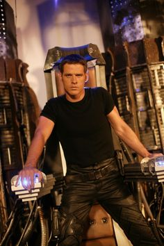 Ben Browder - as Lt. Colonel Cameron Mitchell from Stargate Best Sci Fi Shows, Tv Shows, Sci Fi Series, Tv Series, Hot Men, Ben Browder, Cameron Mitchell, Claudia Black, Science Fiction Books