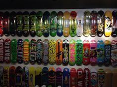 Mur de planches de Skate - variétés et couleurs