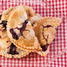 Blackberry Picnic Pies, Gluten Free!!!!!! Perfect for a holiday picnic :)