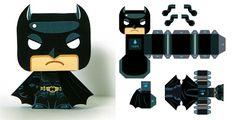 Blog_Paper_Toy_Batman_Mini_papertoy_Gus_Santome