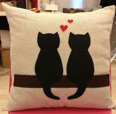 decorative pillow covers bed bath and beyond Pillow Crafts, Diy Pillows, Decorative Pillows, Throw Pillows, Cushions, Half Square Triangle Quilts Pattern, Felt Pillow, Diy Pillow Covers, Cat Cushion
