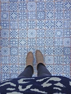 These blue hand-made #tiles are so perfect for any space!! #TileSensations