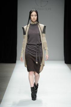Ariunaa Suri Fall 2013 Ready-to-Wear Fashion Show