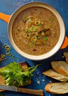 Zupa cebulowa z pulpecikami. Kuchnia Lidla - Lidl Polska. #lidl #okrasa #cebula #zupa
