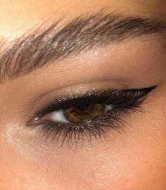 """Untitled History of eye makeup """"Eye care"""", in other words, """"eye make-up"""" is definitely a Glam Makeup, Pretty Makeup, Skin Makeup, Makeup Style, Grunge Makeup, Airbrush Makeup, Makeup Trends, Makeup Inspo, Makeup Inspiration"""