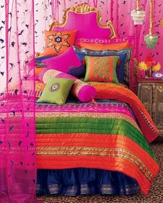 LIA Leuk Interieur Advies.                    Beautifully colored!