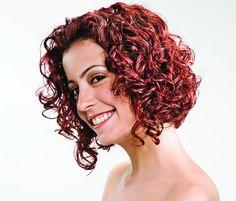 Cabelos curtos e cacheados: seis opções de corte - Bolsa de Mulher Hairstyles Over 50, Permed Hairstyles, Curly Hair Styles, Natural Hair Styles, Black Girls Rock, New Hair, Cool Kids, Curls, Stylists