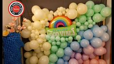 Organic Balloon Wall | DIY | Tutorial Balloon Wall, The Balloon, Balloons, Diy Wall, Art Tutorials, Diy Tutorial, Organic, Make It Yourself, How To Make