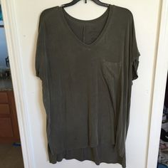 Soft and sexy tee AE soft and sexy tee. Front is cut higher than the back. Worn a few times. In perfect condition. American Eagle Outfitters Tops Tees - Short Sleeve