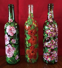 Painted Glass Bottles, Glass Bottle Crafts, Wine Bottle Art, Lighted Wine Bottles, Diy Bottle, Glass Painting Designs, Pottery Painting Designs, Jar Art, Bottle Painting