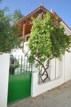 The entrance of Anna Maria Studios. Entrance, Greece, Pergola, Studios, Anna, Outdoor Structures, Traditional, Island, Greece Country