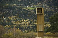 Image 1 of 24 from gallery of Seljord Watch Tower / Rintala Eggertsson Architects. Photograph by Dag Jenssen Wooden Architecture, Architecture Wallpaper, Space Architecture, Contemporary Architecture, Architecture Details, Lookout Tower, Tower Building, Wallpaper Magazine, Small Buildings