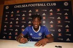 Michy Batshuayi joins Chelsea in July 2016