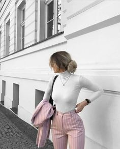Simple Summer to Spring Outfits to Try in 2019 – Prettyinso Business Casual Outfits, Professional Outfits, Cute Casual Outfits, Sporty Outfits, Young Professional Clothes, Smart Business Casual, Sporty Dresses, Cute Office Outfits, Casual Office